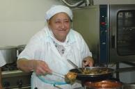 Cuoca_anziana